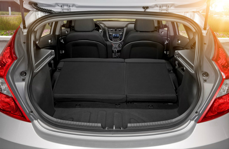 2016 hyundai accent hatchback max cargo space. Black Bedroom Furniture Sets. Home Design Ideas