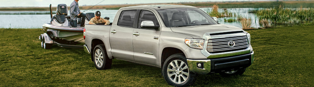 2016 toyota tundra towing capacity and towing features. Black Bedroom Furniture Sets. Home Design Ideas