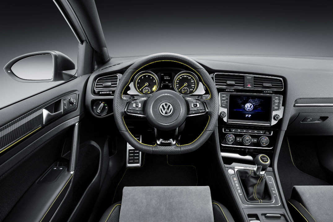 2016 volkswagen golf r400 interior new century volkswagen for Interior volkswagen golf