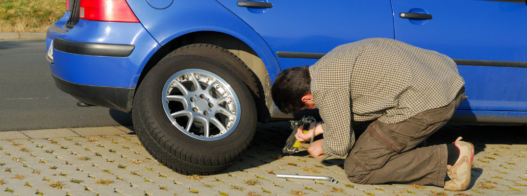 How to change a flat tire in a Volkswagen vehicle