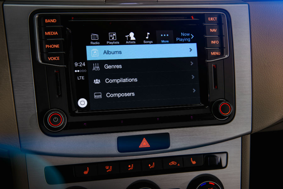 Which Volkswagen Models Have CarPlay? | Joe Heidt Motors