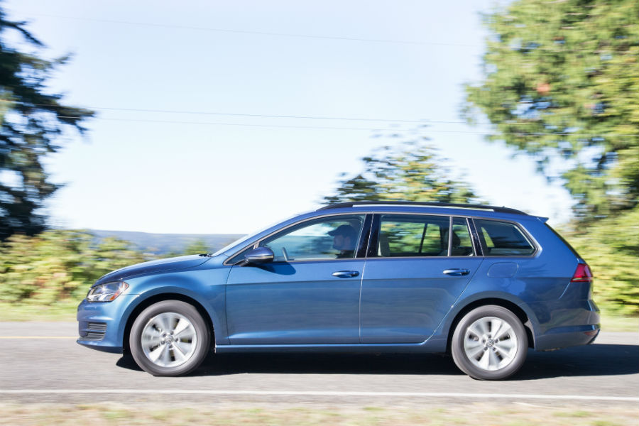 vw golf sportwagen differences vw golf alltrack exterior sportwagen_o