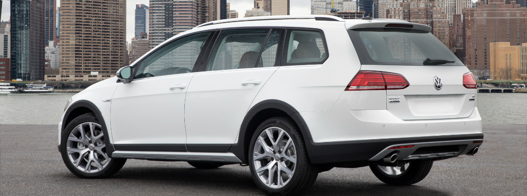 New Features on the 2018 Volkswagen Golf Alltrack Exterior