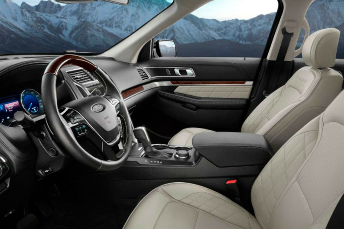 2017 Ford Explorer front interior passenger space_o
