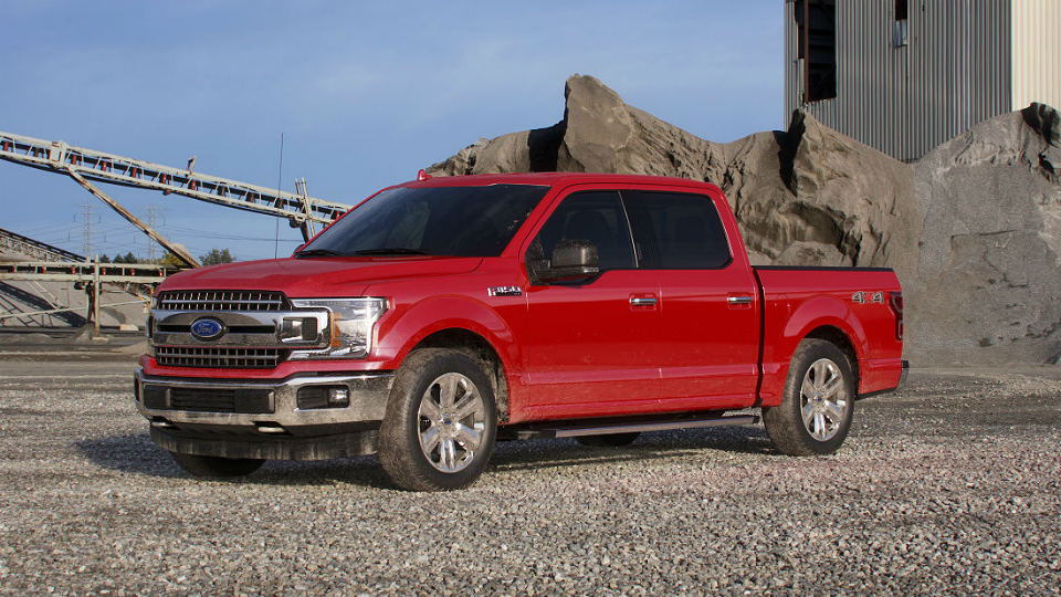 2018 Ford F-150 Race Red_o