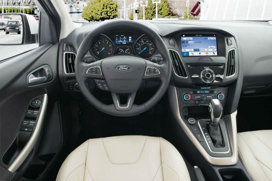 2018 Ford Focus front interior driver dash and infotainment system