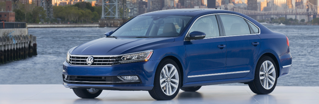 2016 volkswagen passat features chicago auto show. Black Bedroom Furniture Sets. Home Design Ideas