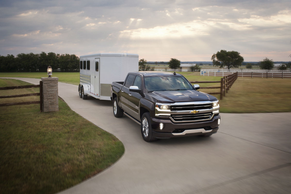 2017 chevrolet silverado 1500 towing and hauling capabilities. Black Bedroom Furniture Sets. Home Design Ideas