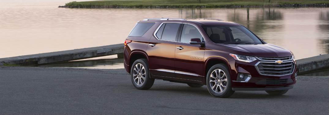 2018 chevy traverse full view