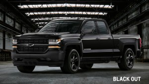 2016 chevy silverado midnight vs black out edition. Black Bedroom Furniture Sets. Home Design Ideas