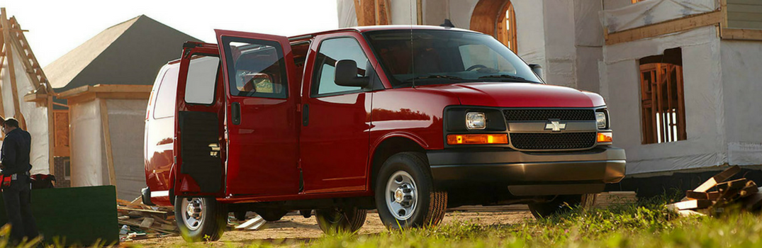 What's the Difference Between the 2500 and 3500 Chevy Express?