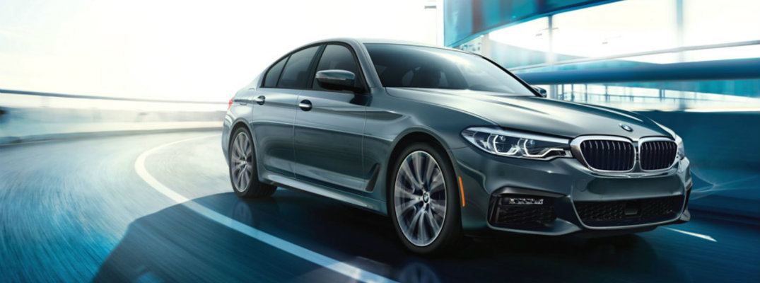 2017 bmw 5 series features and specs. Black Bedroom Furniture Sets. Home Design Ideas
