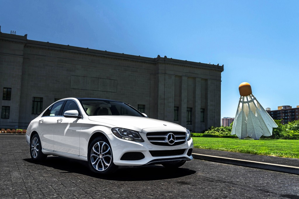 Review 2015 mercedes benz c class w205 aristocrat motors for Mercedes benz of kansas city aristocrat