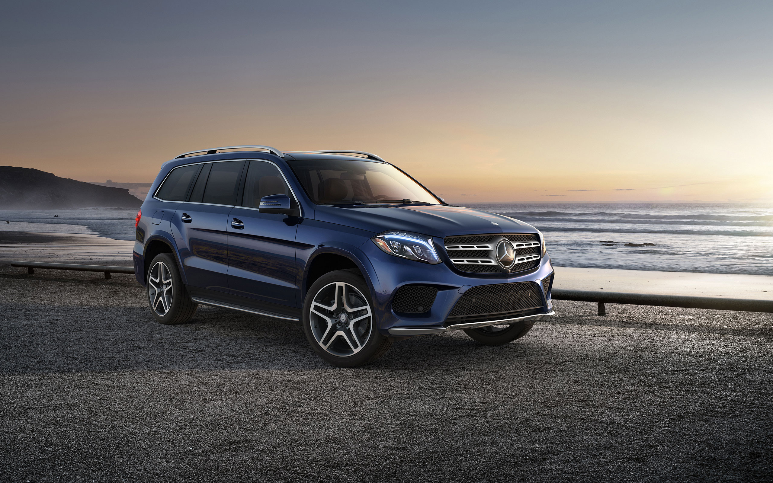 Explaining the mercedes gl suv lineup aristocrat motors for Aristocrat motors mercedes benz