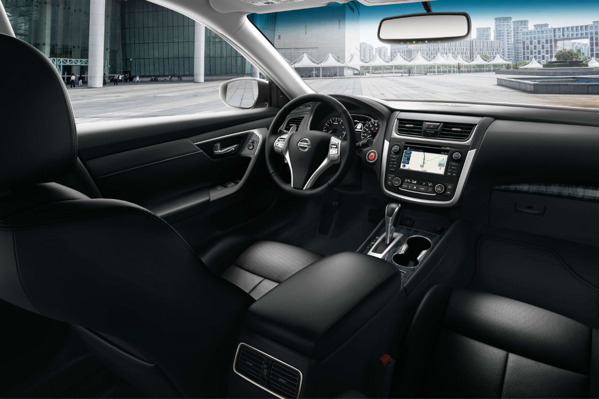 Drivers cockpit of the 2018 Nissan Altima