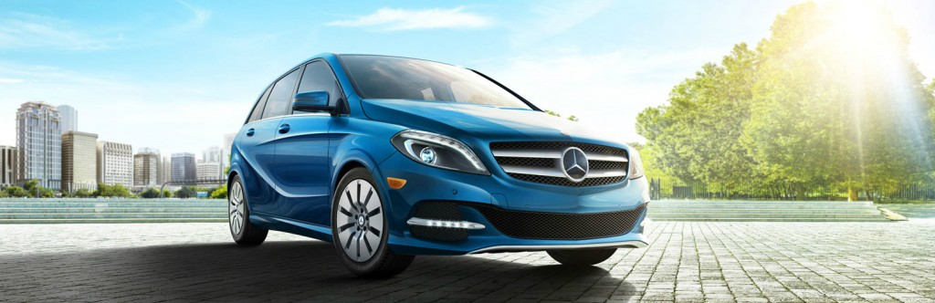 A closer look at the electrifying 2014 mercedes benz b for Mercedes benz north haven ct