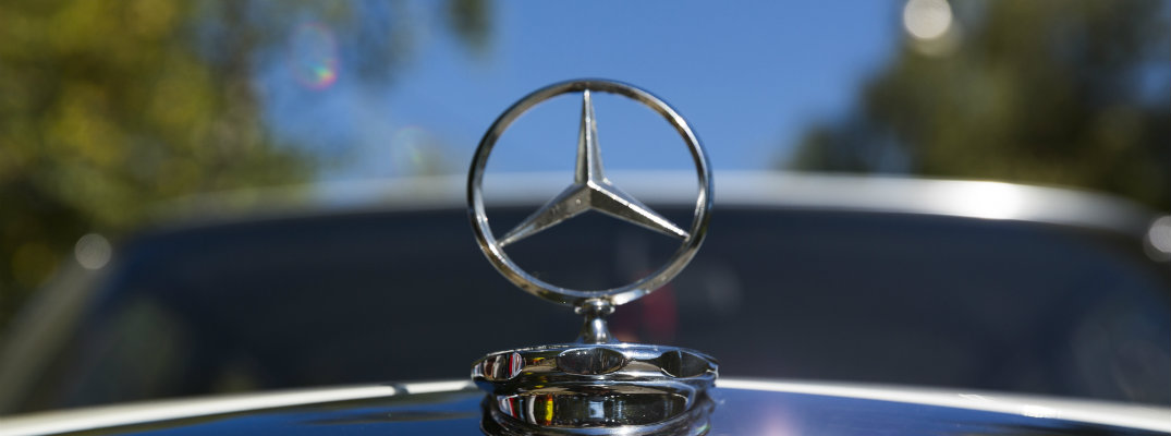 two classic Mercedes-Benz 300SL models up for auction