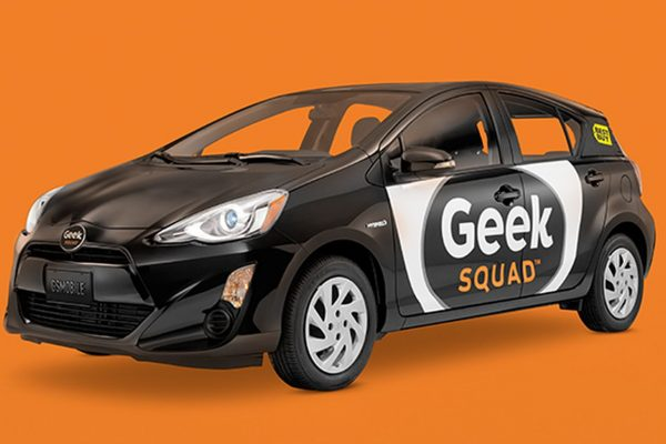 Move Over VW, Geek Squad Picks the Prius in Chicago