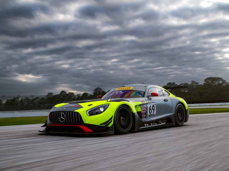 2017 mercedes benz race cars