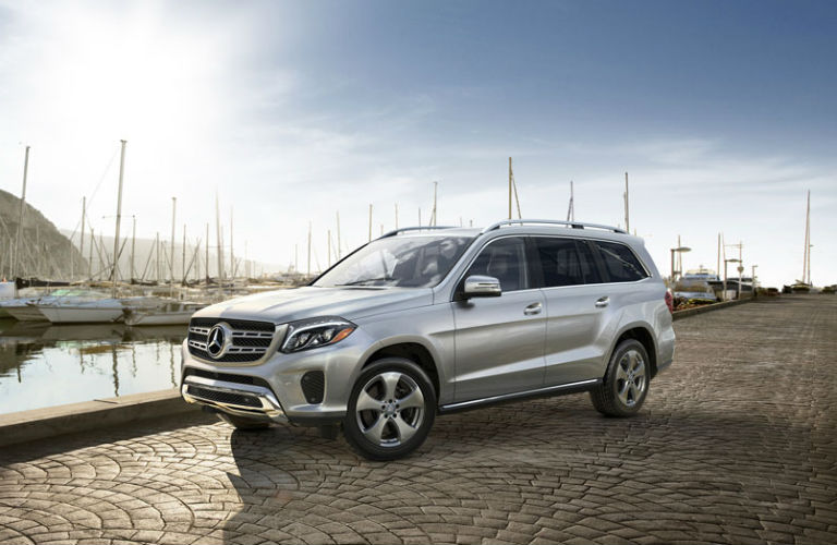 How much can the Mercedes-Benz GLS tow?