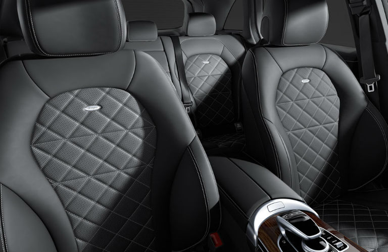 Does the Mercedes-Benz GLC have leather seats?