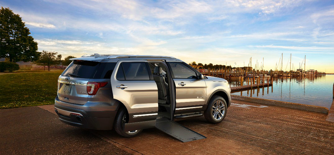 is there a wheelchair accessible suv. Black Bedroom Furniture Sets. Home Design Ideas