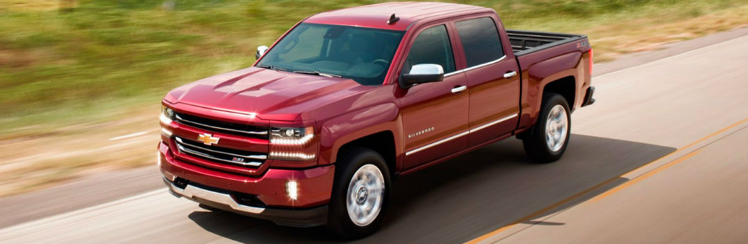 High-tech features and luxurious comfort options available in 2017 Chevy Silverado 1500