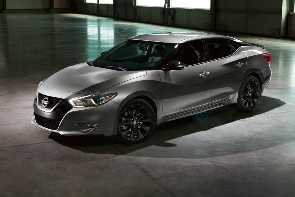 What 2017 Nissan Models Are Offered With The Midnight Edition Package