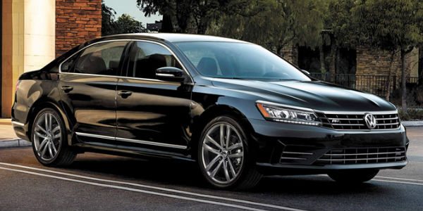 2017 VW Passat vs 2016 VW Passat Chicago IL