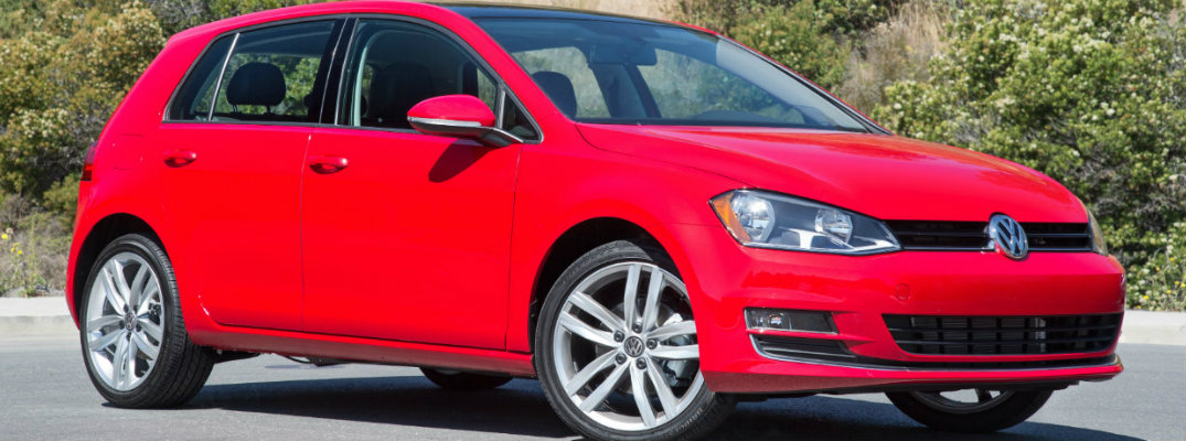 Video Showcasing Features of the 2017 Volkswagen Golf