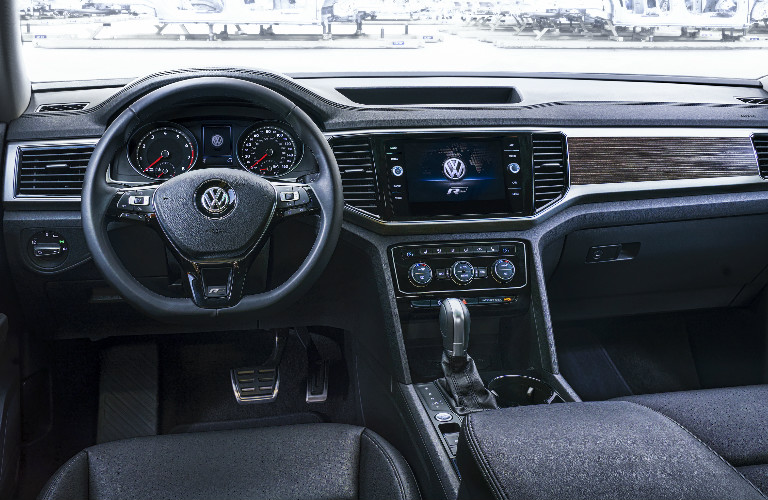 2018 volkswagen tiguan r.  volkswagen 2018 vw atlas rline steering wheel and dashboard for volkswagen tiguan r