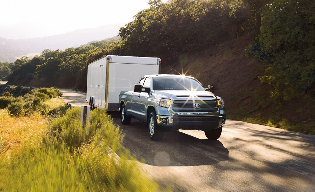 2015 toyota tundra power and towing capacity specs. Black Bedroom Furniture Sets. Home Design Ideas