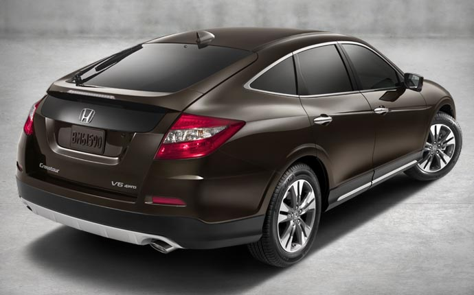 The 2014 Honda Crosstour Hatchback  adds versatility