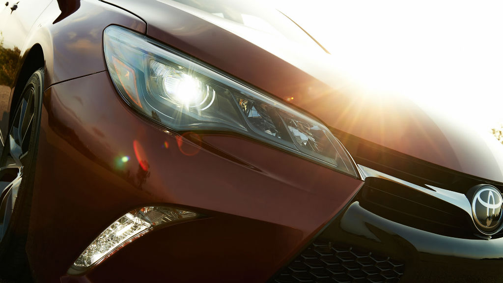 How to Make Foggy Headlights Clear Again at Allan Nott-Lima OH-Columbus OH-New Toyota and Honda Dealer-Tips and Tricks-Service Department
