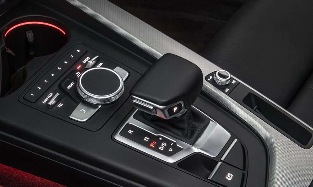 Gear Shift Operation In An Audi
