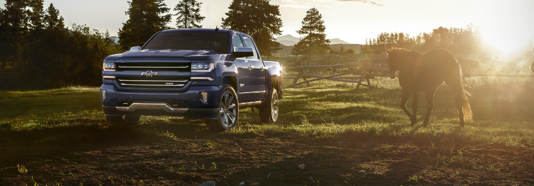 what is the towing capacity for the 2017 chevy silverado 1500. Black Bedroom Furniture Sets. Home Design Ideas