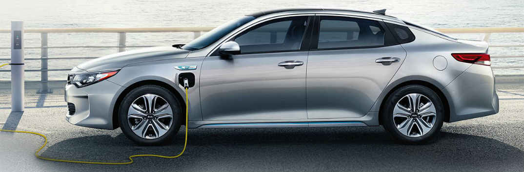 http://blogmedia.dealerfire.com/wp-content/uploads/sites/361/2017/03/2017-Kia-Optima-Plug-In-Hybrid_A1_O.jpg