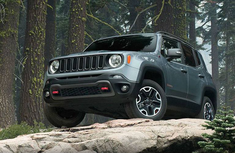 when do the 2016 jeep renegade come out 2017 2018 best cars reviews. Black Bedroom Furniture Sets. Home Design Ideas