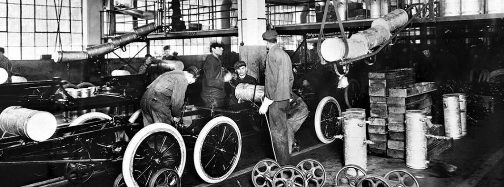 Ford Mustang Lease >> Ford Assembly Line History in Vintage Pictures