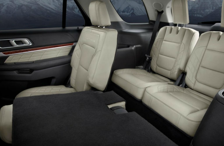 Does the Ford Explorer have 3rd row seating?