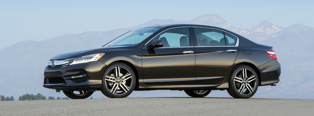 2017 Honda Accord Sedan Touring with leather seats