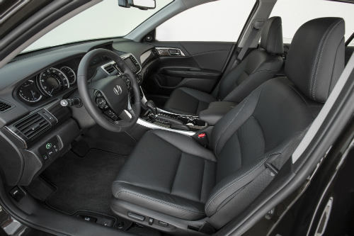 Does The Honda Accord Have Leather Seats