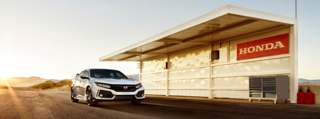 2017 Honda Civic Type R front view