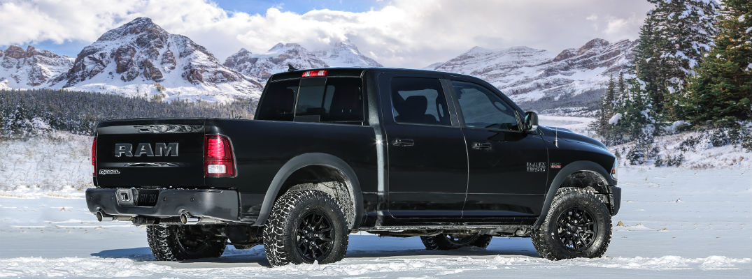 What kind of equipment does the 2017 Ram 1500 come with