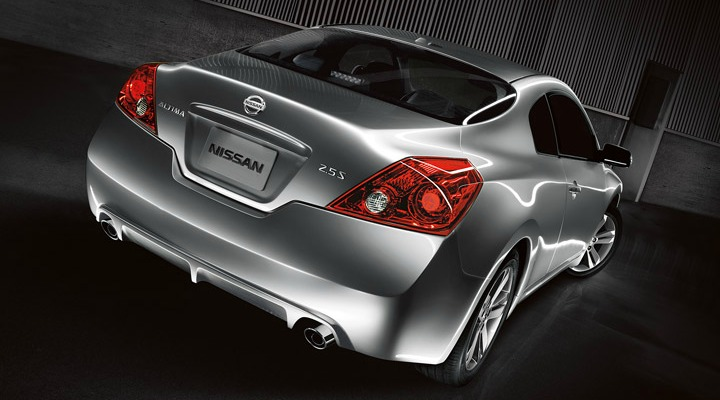 why did nissan kill the altima coupe. Black Bedroom Furniture Sets. Home Design Ideas