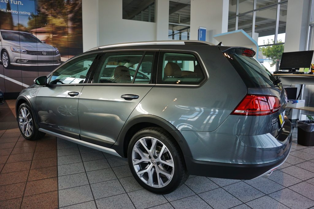 golf alltrack cook vw