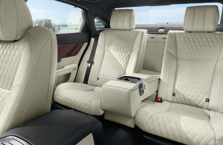 2016 Jaguar XJ Interior - Rear Seats