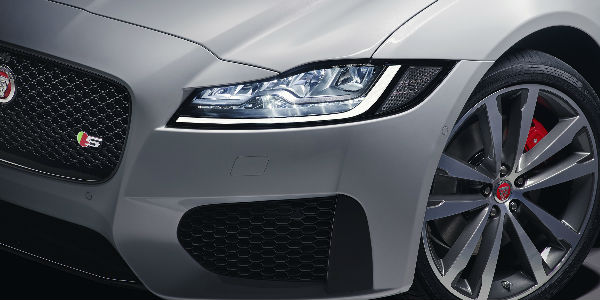 Close Up of 2018 Jaguar XF Sportbrake Front Grille and Wheels