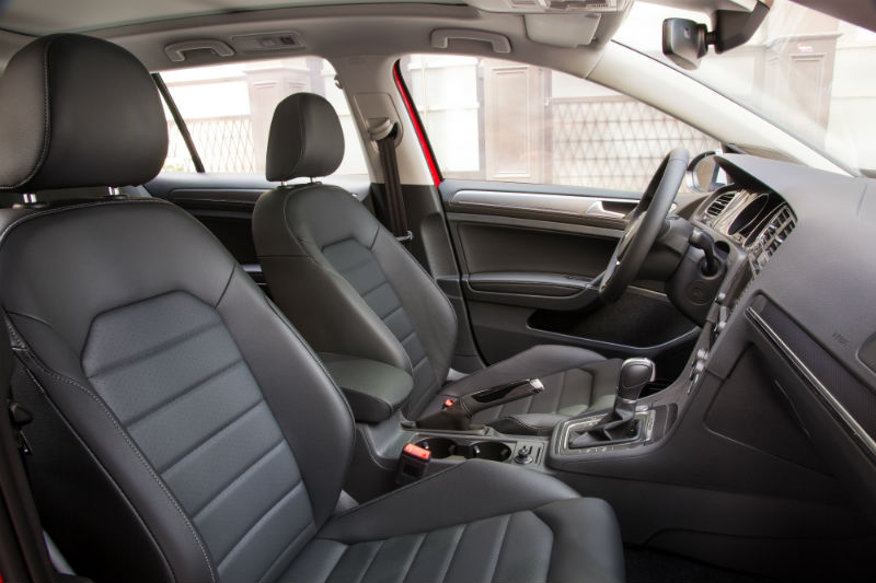 2017 Golf Alltrack Interior Front Seats