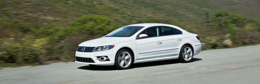 2016 Volkswagen CC Interior Space and Features_o